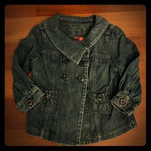 GUESS: Jean Jacket, Size Small